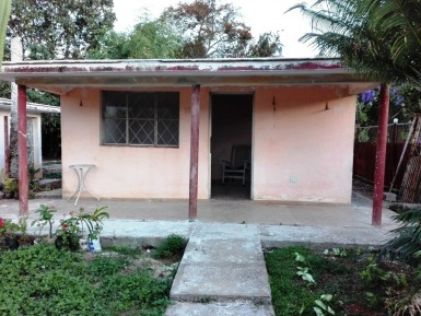 Independent House in El Chico, Boyeros, La Habana