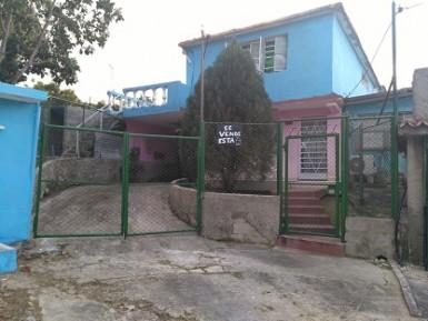 House in Capri, Arroyo Naranjo, La Habana