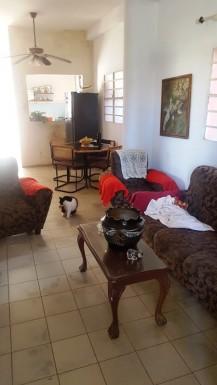 Biplanta en Ampliación Almendares, Playa, La Habana