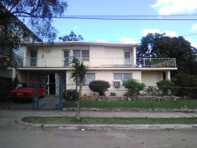 Independent House in Fontanar, Boyeros, La Habana