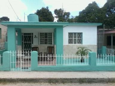 House in Cruz Verde, Cotorro, La Habana