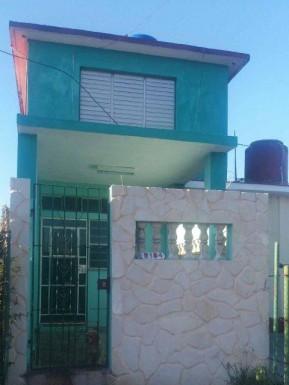 Biplanta in La Lisa, La Habana
