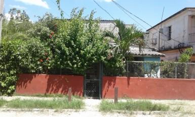Casa Independiente en Alturas de La Lisa, La Lisa, La Habana