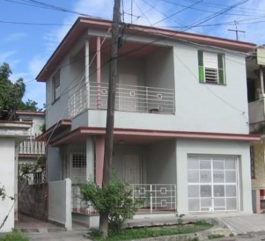 Biplanta in Santos Suárez, Diez de Octubre, La Habana