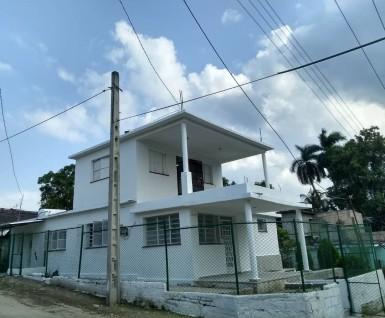 Casa Independiente en Diezmero, San Miguel del Padrón, La Habana