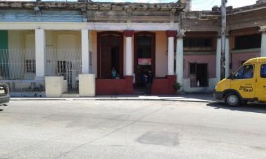 Colonial en Luyanó, Diez de Octubre, La Habana