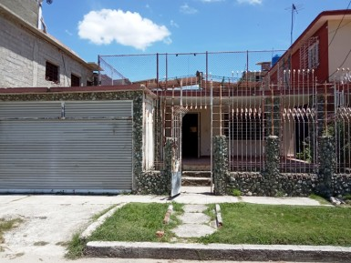 Casa Independiente en Casino Deportivo, Cerro, La Habana