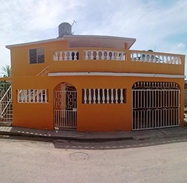 Biplanta en Jaimanitas, Playa, La Habana