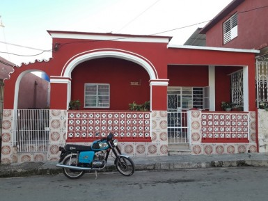 Independent House in Cerro, La Habana