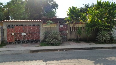 Independent House in Párraga, Arroyo Naranjo, La Habana