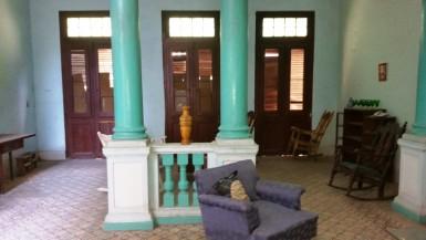 Casa en Colón, Centro Habana, La Habana
