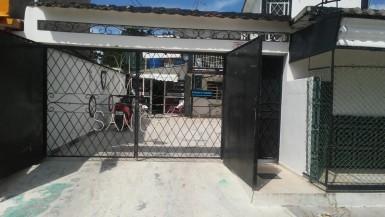 Casa en Vía Blanca, Guanabacoa, La Habana