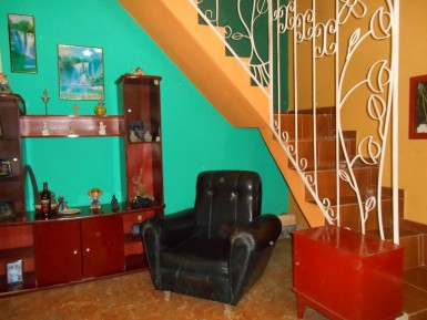 Independent House in Latinoamericano, Cerro, La Habana