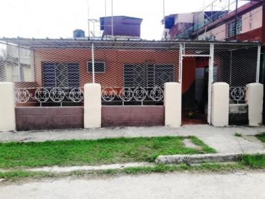 House in Alturas de La Lisa, La Lisa, La Habana
