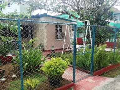 Casa Independiente en Eléctrico, Arroyo Naranjo, La Habana