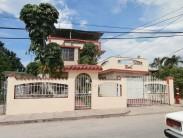 Casa Independiente en Santa Fe, Playa, La Habana 1