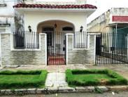 Independent House in Almendares, Playa, La Habana