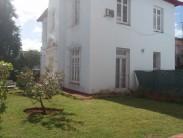 Independent House in Almendares, Playa, La Habana 7
