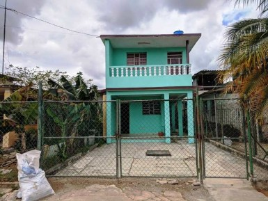 Biplanta en Wajay, Boyeros, La Habana