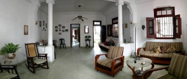 Biplanta in Villa I, Guanabacoa, La Habana