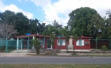 Casa Independiente en Fontanar, Boyeros, La Habana
