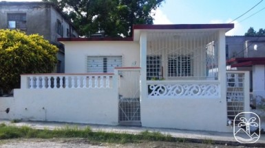 Casa Independiente en La Cumbre, San Miguel del Padrón, La Habana