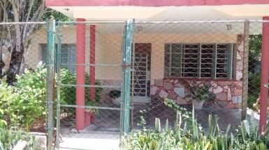 Independent House in Arroyo Naranjo, La Habana