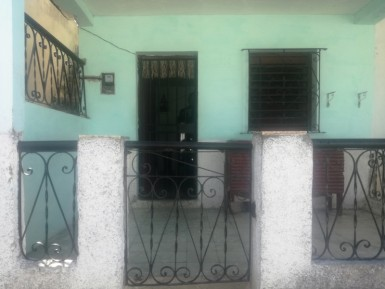 House in Los Pocitos, Marianao, La Habana