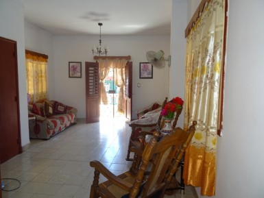 Casa en Luyanó, Diez de Octubre, La Habana