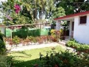 Casa Independiente en Monterrey, San Miguel del Padrón, La Habana