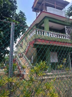 Biplanta en La Cumbre, San Miguel del Padrón, La Habana