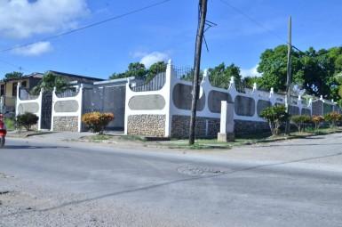 Independent House in Los Pinos, Arroyo Naranjo, La Habana