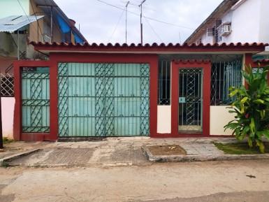 House in Versalles - Coronela, La Lisa, La Habana