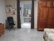 Casa Independiente en Marianao, La Habana 33