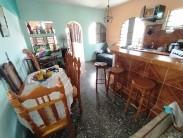 Biplanta en Lawton, Diez de Octubre, La Habana 4