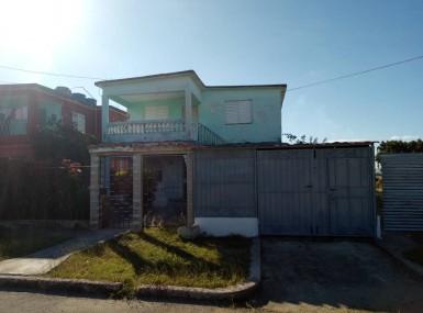 House in Chibás, Guanabacoa, La Habana