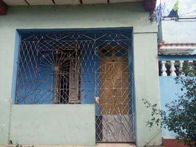Casa en Juanelo, San Miguel del Padrón, La Habana