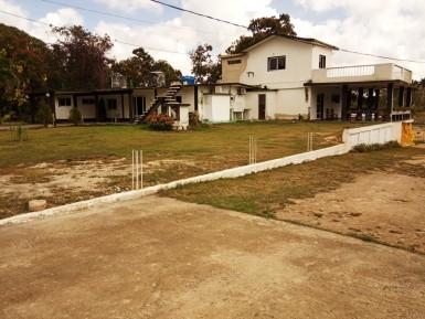Casa Independiente en Sierra Maestra, Boyeros, La Habana