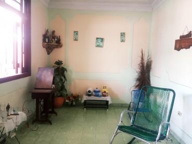 House in Lawton, Diez de Octubre, La Habana
