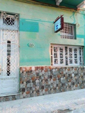 House in Cayo Hueso, Centro Habana, La Habana