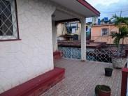 Casa Independiente en Sevillano, Diez de Octubre, La Habana 34