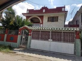 Casa en Casino Deportivo, Cerro, La Habana