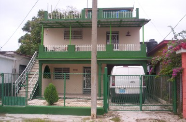 Independent House in Vía Blanca, Guanabacoa, La Habana